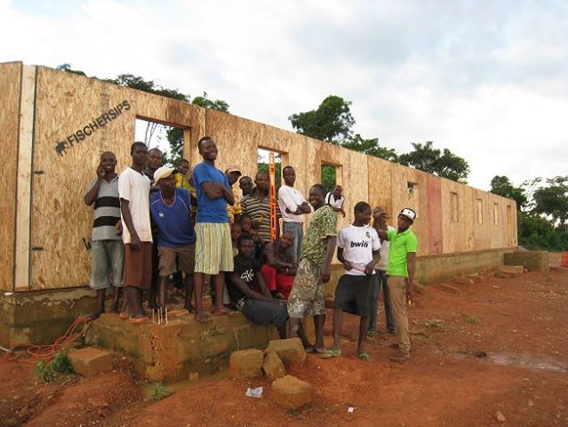 Yiawbra Medical Clinic Construction Workers