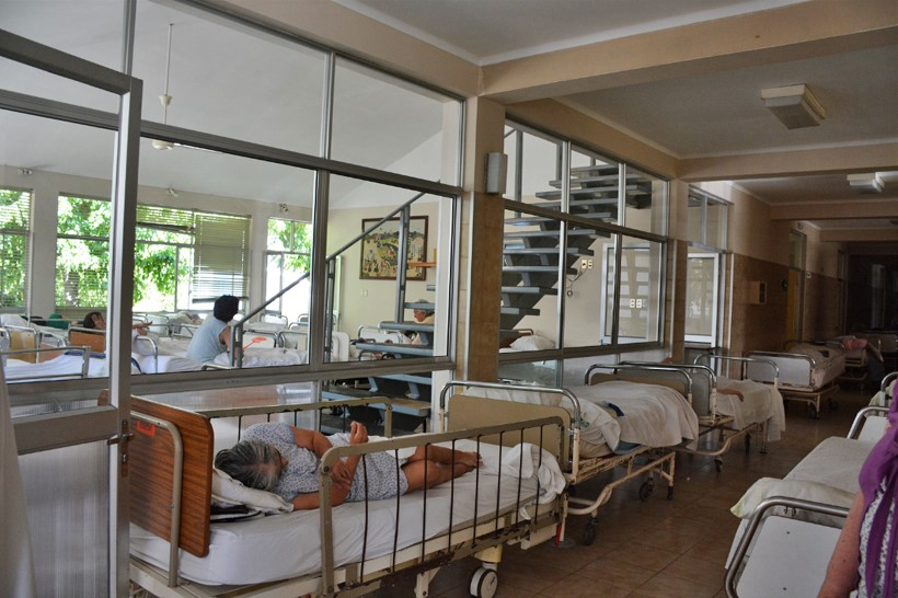 Crowded hospital in Chile