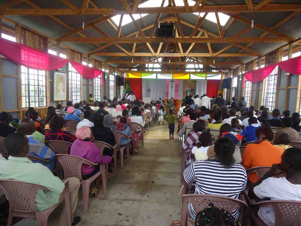 Kenyan people celebrating Catholic Mass