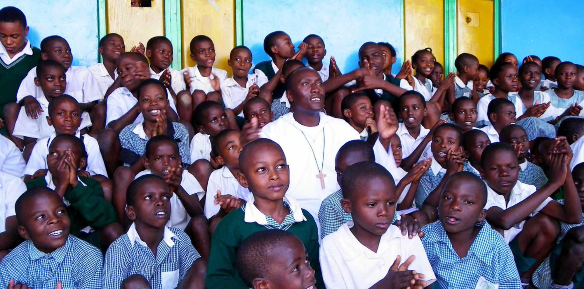 Kenyan students helped by Catholic Missionary