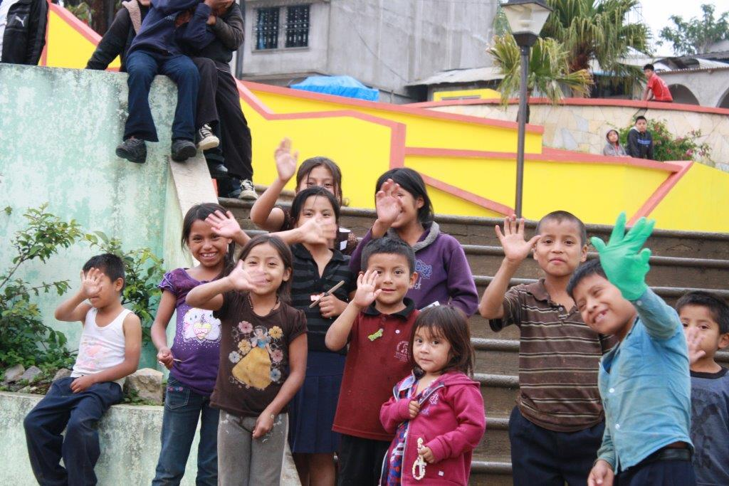 Help children struggling with poverty in Mexico