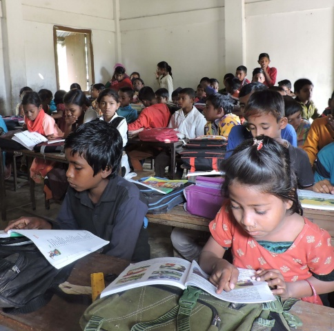 Bangladesh - Tea children learn to read in the Diocese of Sylhet\'s schools