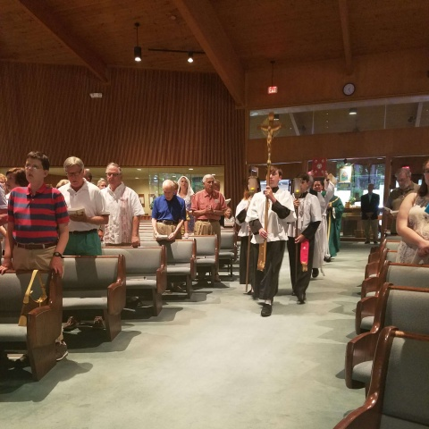 Mass with Bishop Perera - processional