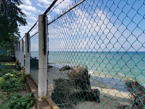 Eroding sea line - Honduras