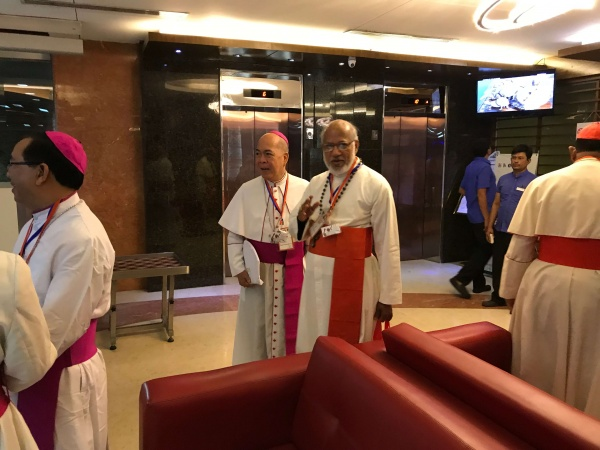 Bangladesh - Archbishop Valles of Philippines and Cardinal Alencherry of the Syro-Malabar Catholic Church, Kerala, India