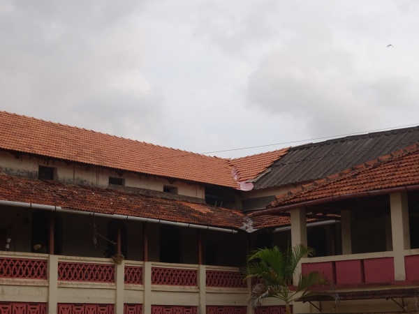 MSFS\' roof under construction - India