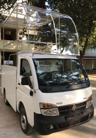 Bangladesh - the Popemobile!