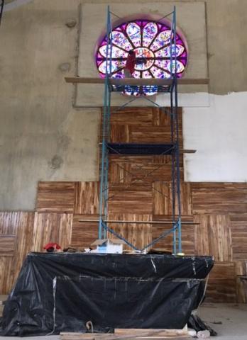 The rose window is in! June 2018