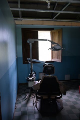 Dental exam chair at the Medical Clinic - Farm of the Child - Honduras