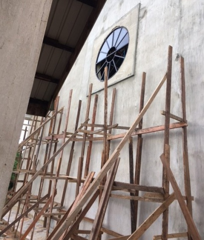The rose window is in! June 2018
