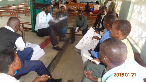 Group discussion at St. Joseph\'s training - Malawi