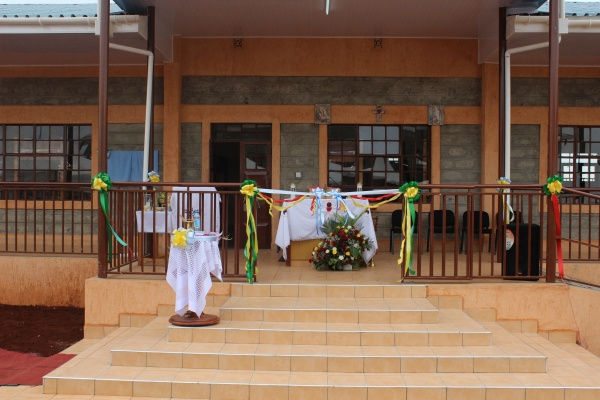 Preparring to celebrate Mass on the porch of the new dorm of the orphanage - Kenya