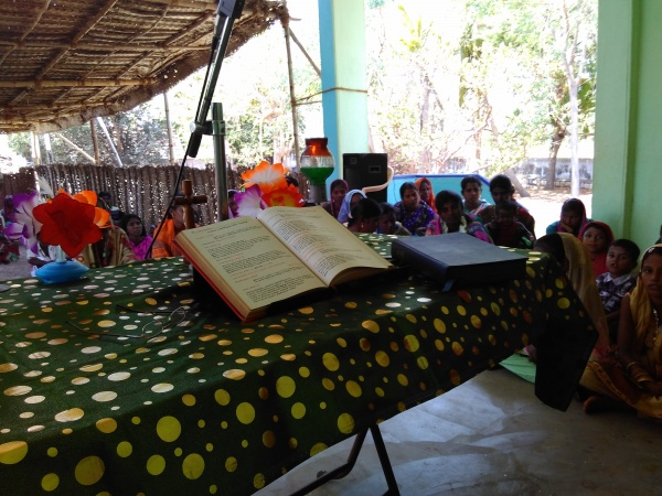 Easter Sunday - Mass under thatched shelter
