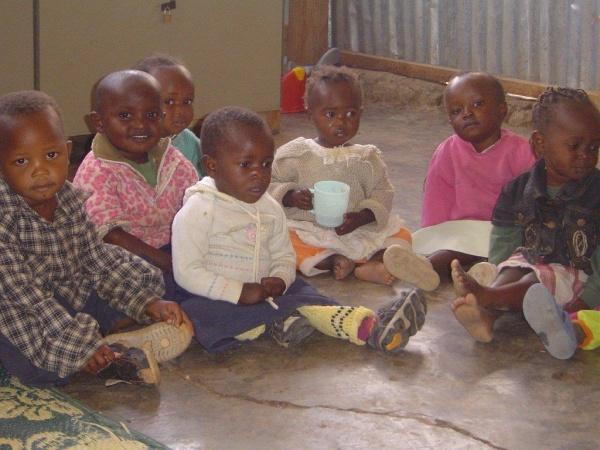 Orphaned children - Kenya