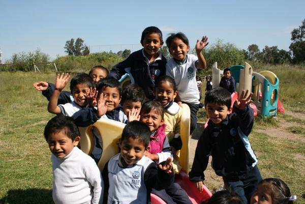 Students from Mano Amiga Puebla
