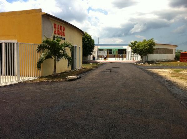 The entrance to Mano Amiga Conkal