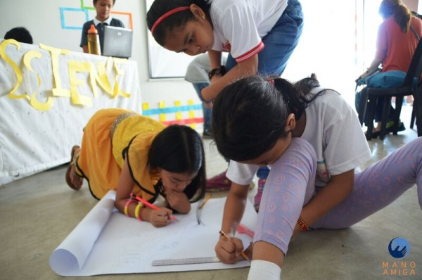 MA Philippines - 5th Grade students hard at work