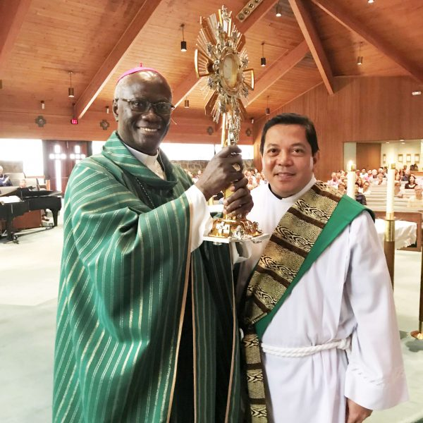 Bishop Kwofie of Ghana receives a monstrance for his diocese