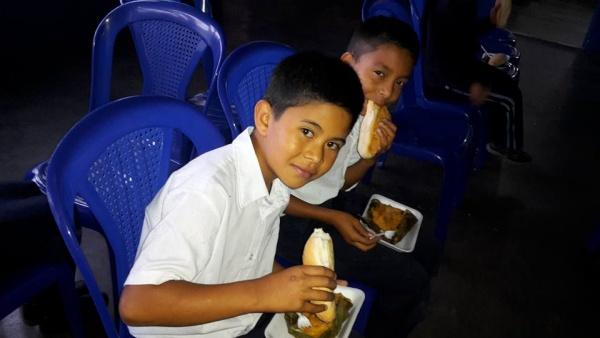 MA Guatemala - Student lunches