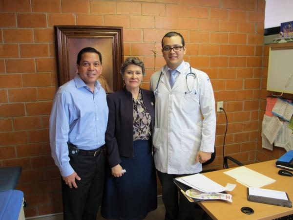 Executive Director Deacon Rick Medina with the principal of Mano Amiga Chalco