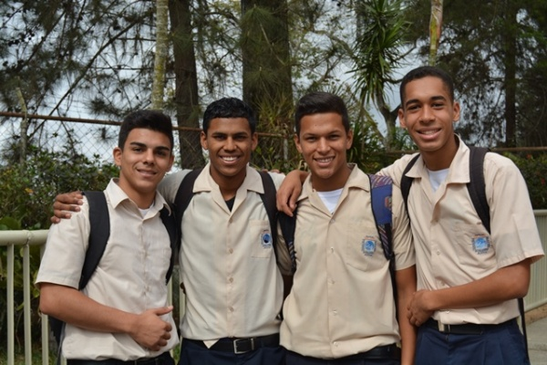 Mano Amiga Mariches students - Venezuela