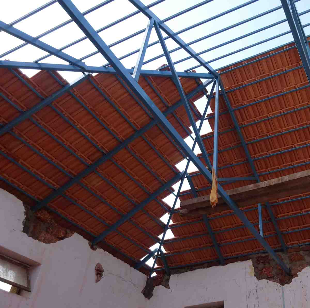 Remodeling MSFS seminary roof, June 2015