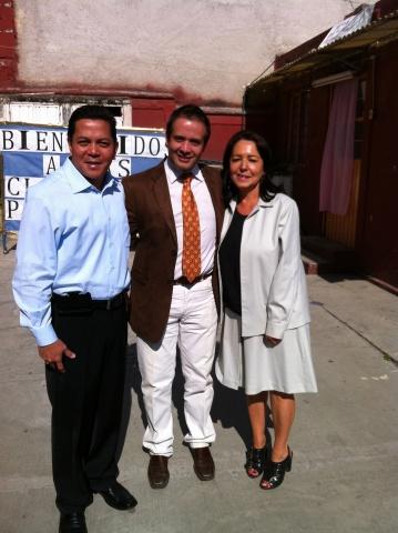 Executive Director Deacon Rick Medina visiting Mano Amiga Zomeyucan
