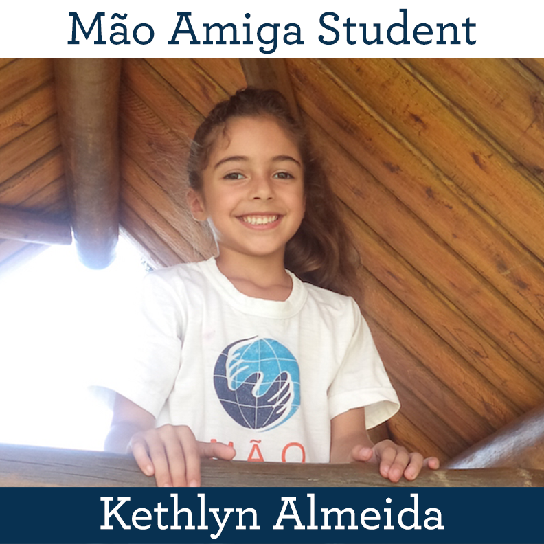 Máo Amiga Student Kethlyn Almeida