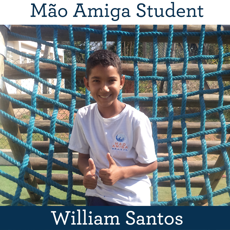 Máo Amiga Student William Santos