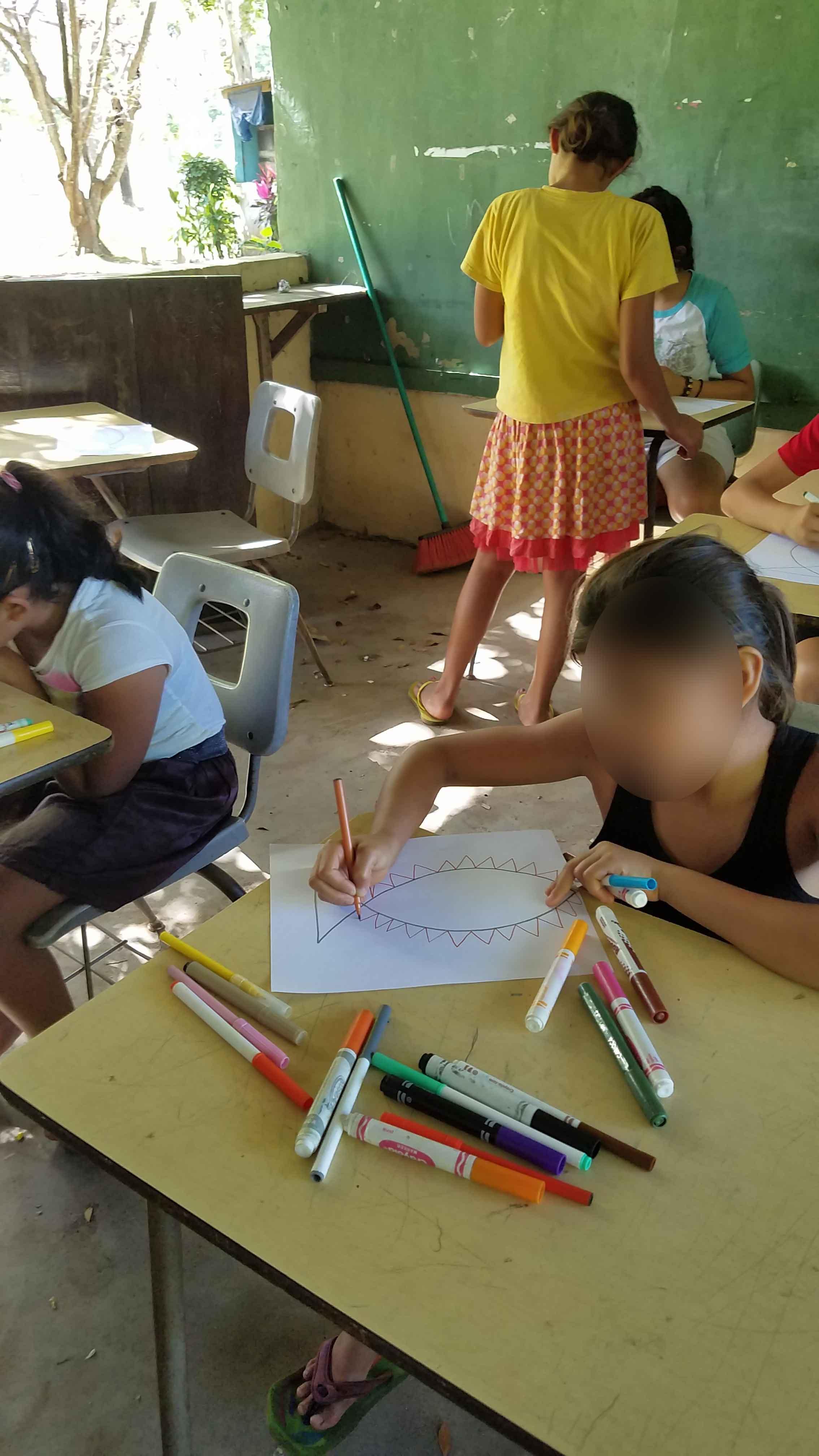 Children attending St. Peter\'s Catholic School - Honduras