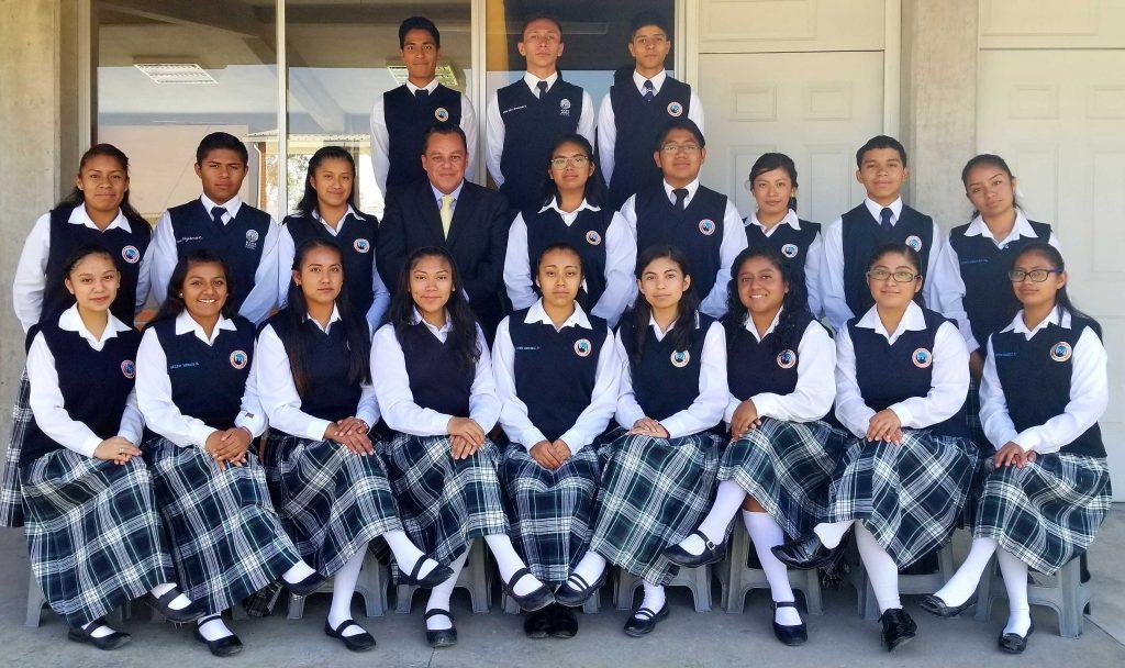 Mano Amiga Puebla first class of high school graduates. Congratulations!
