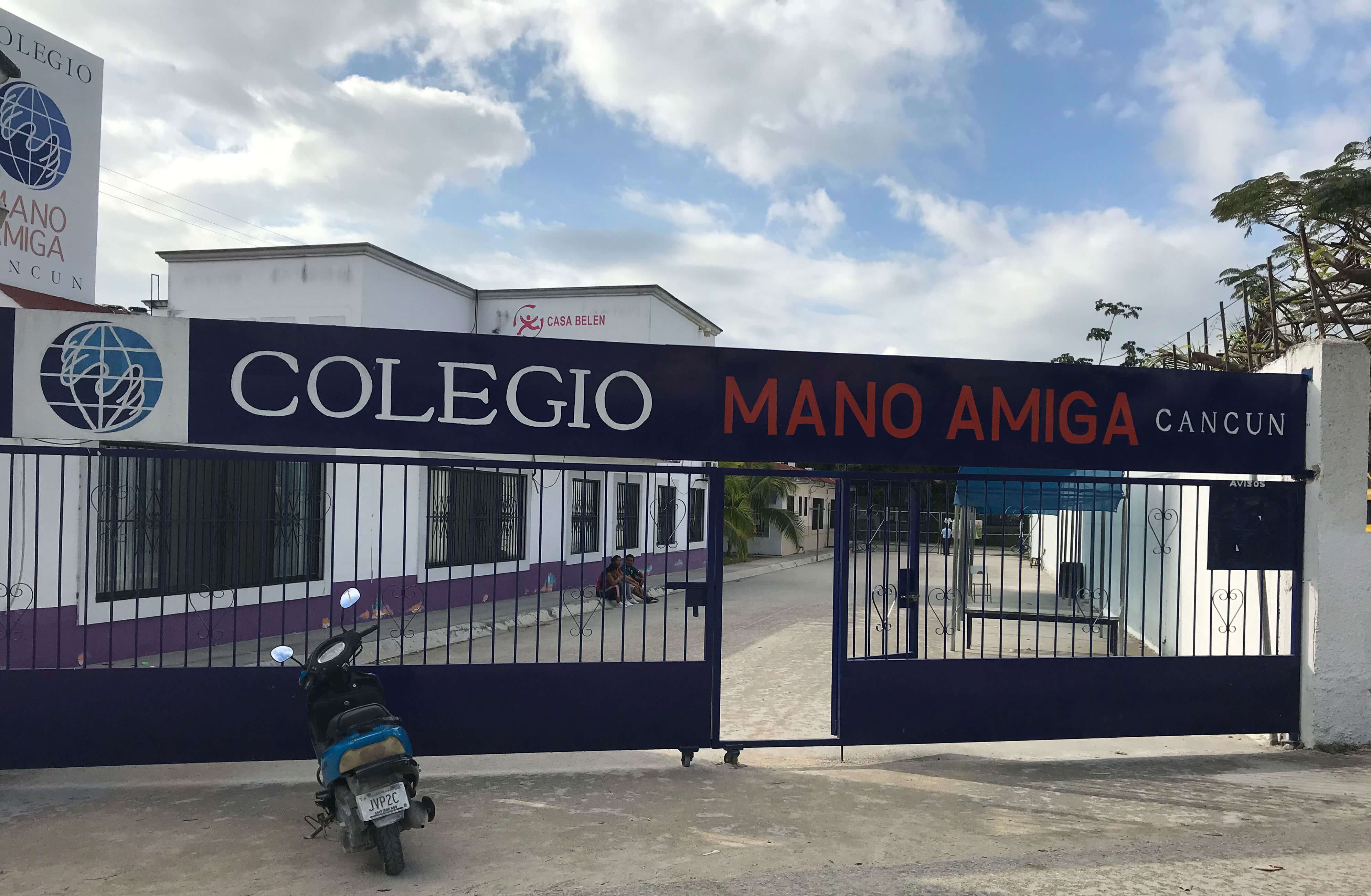 Entrance to Mano Amiga Cancun
