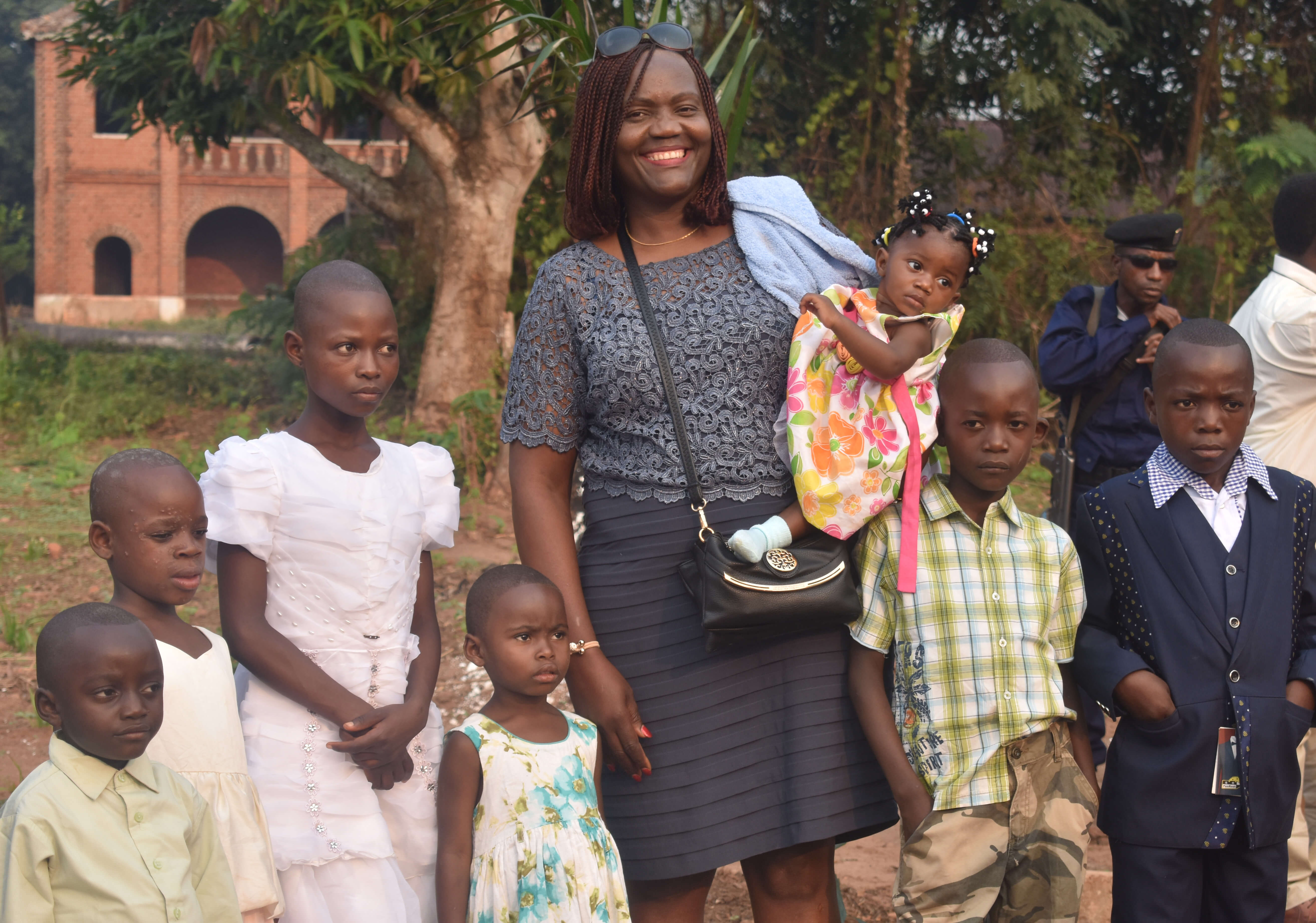 DR Congo food and clothing orphan shelter