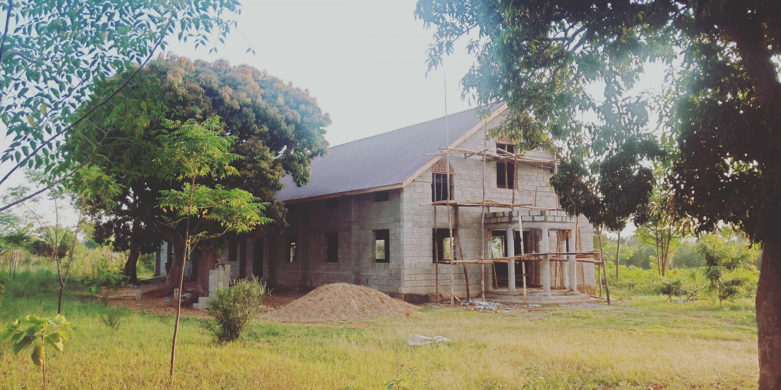 Uganda - Another shot of the church\\\\'s progress