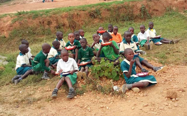 Children at St. Philomena School in Uganda have nowhere to eat their meals.