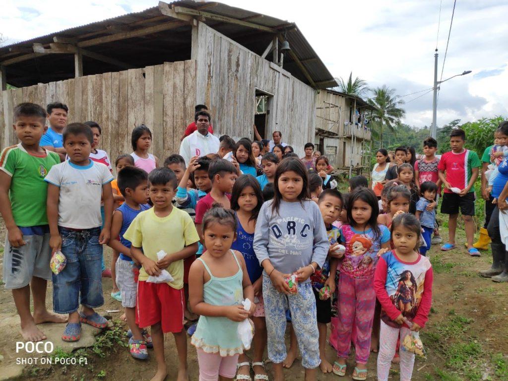 Ecuador - hundreds of children are waiting for help