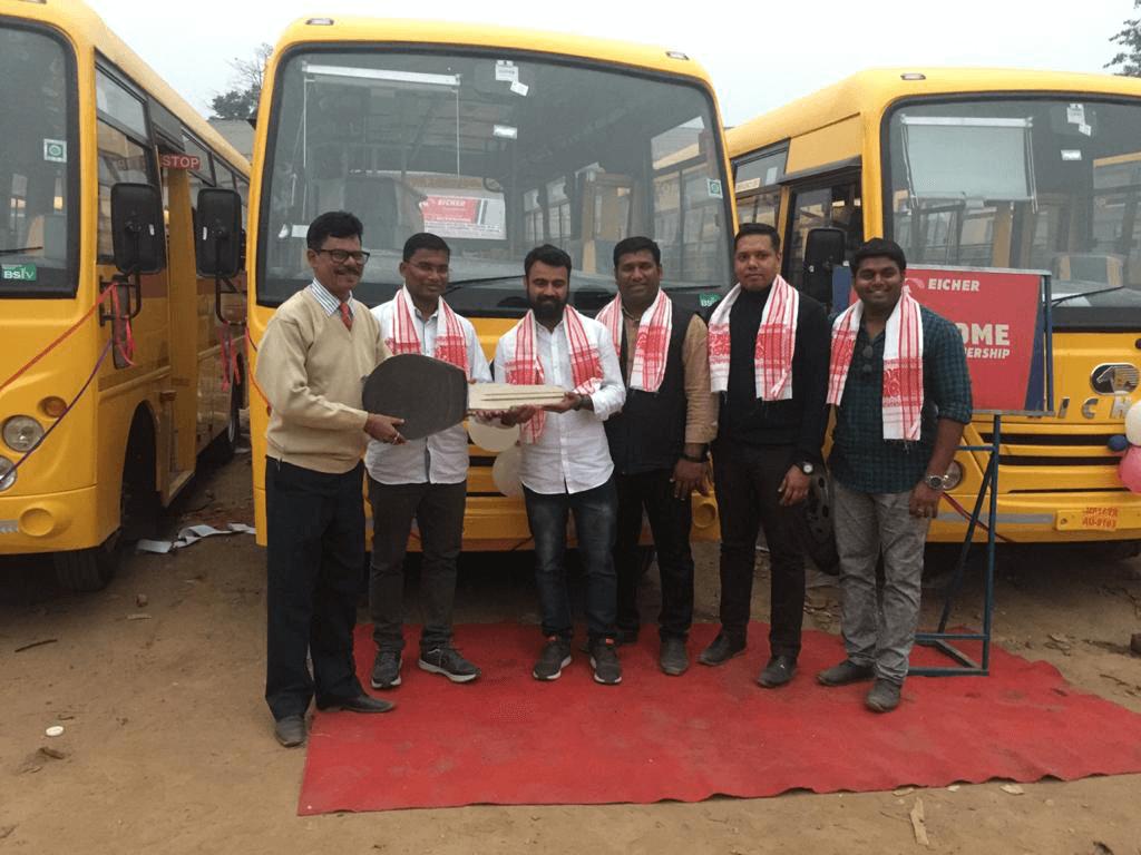 India - Trinitarian Fathers - bus