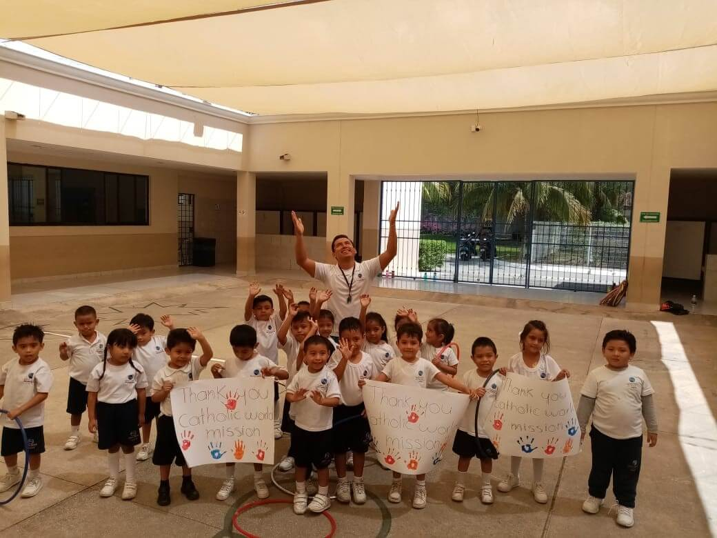 MA Cancun - children thank you for canopy