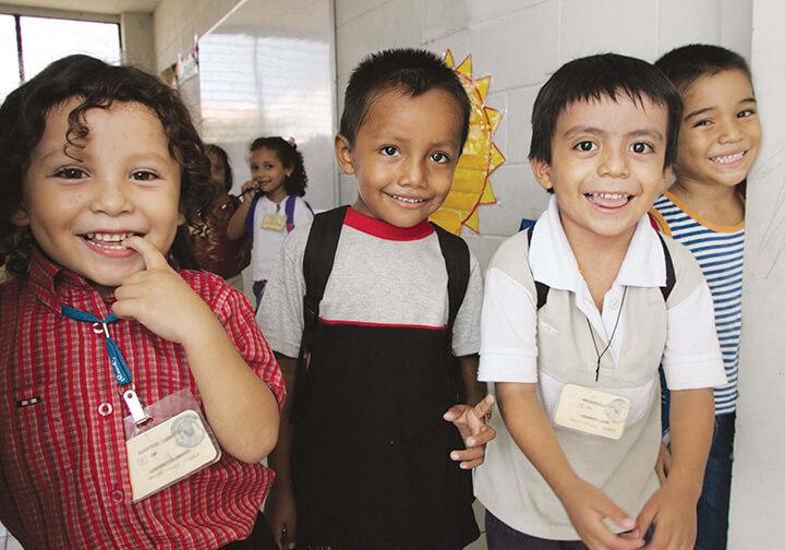 Mano Amiga Scholarship give the gift of education