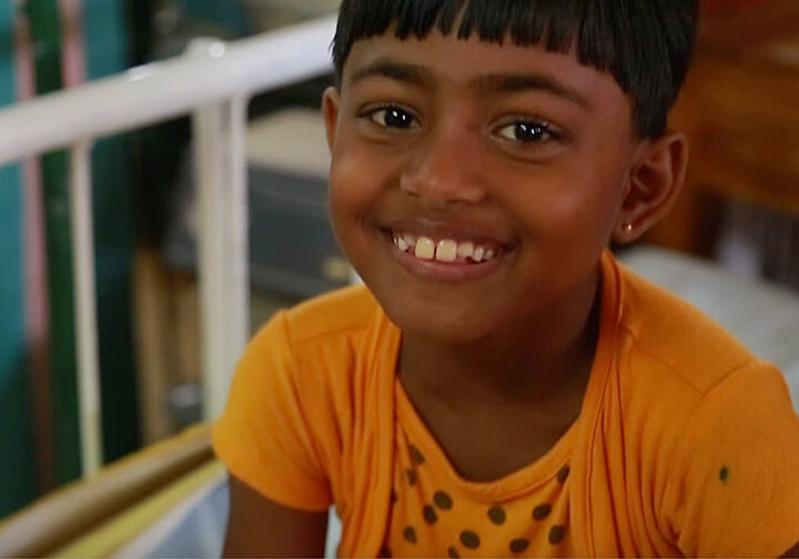 Donate to a sick girl in Sri Lanka at Christmas 2020