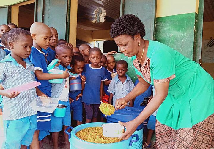 Nigeria Annual fund drive to help feeding children