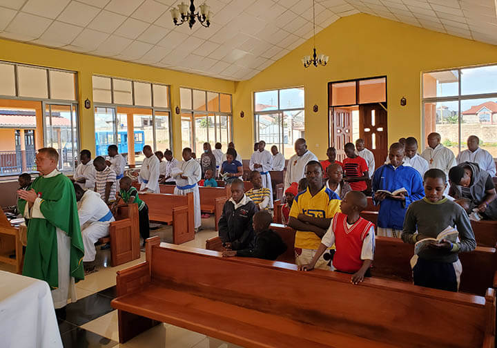 Mass celebration in Kenya orphanage