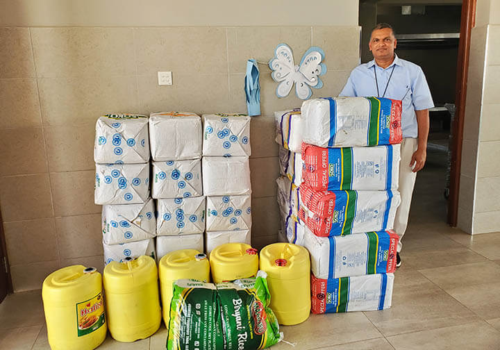 Provisions for orphanage in Kenya, Missionaries of the poor