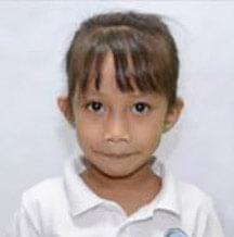 Student at Mano Amiga School Philippines